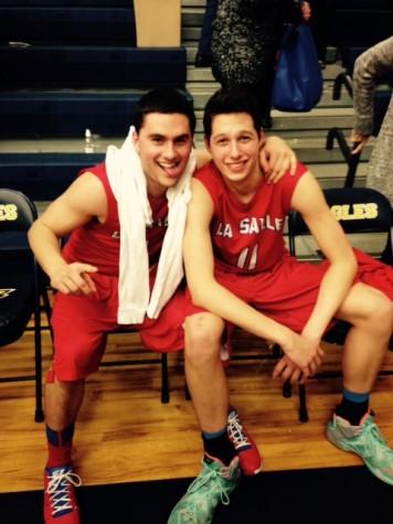 Boys Basketball Beats Hood River Valley, Advances to the Sweet 16