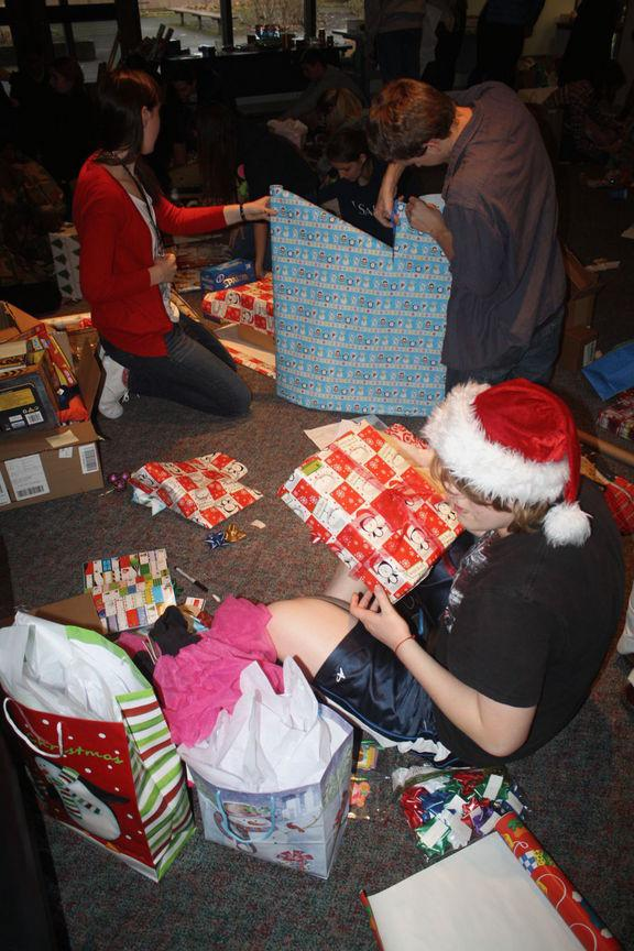 Lot Whitcomb Christmas Drive Supports 39 Families