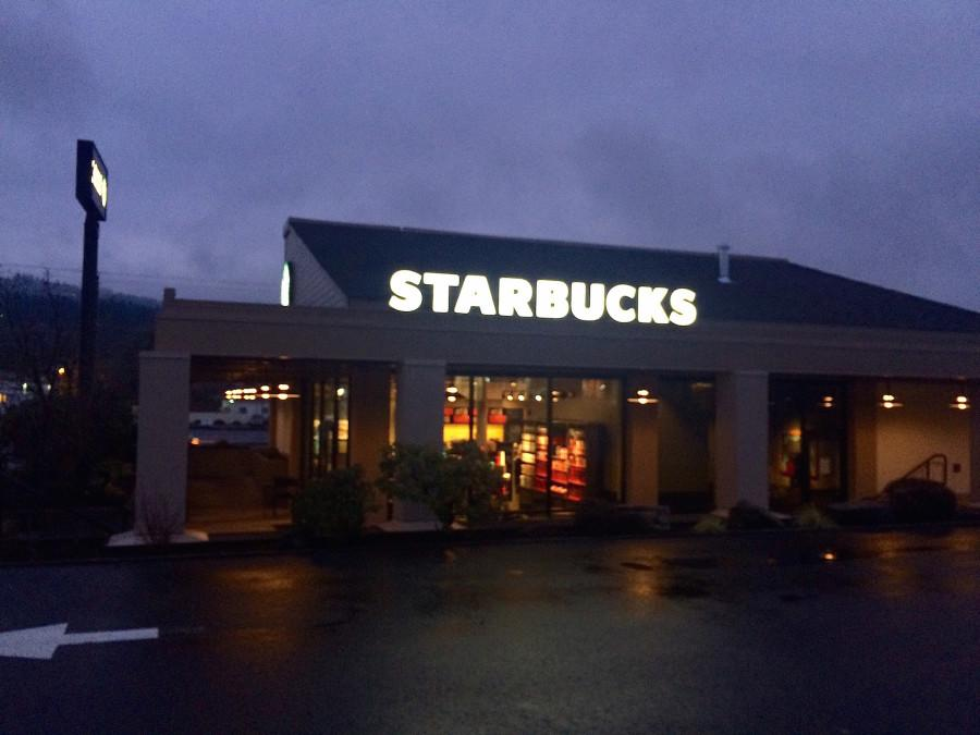 New Starbucks Opens on 82nd Avenue