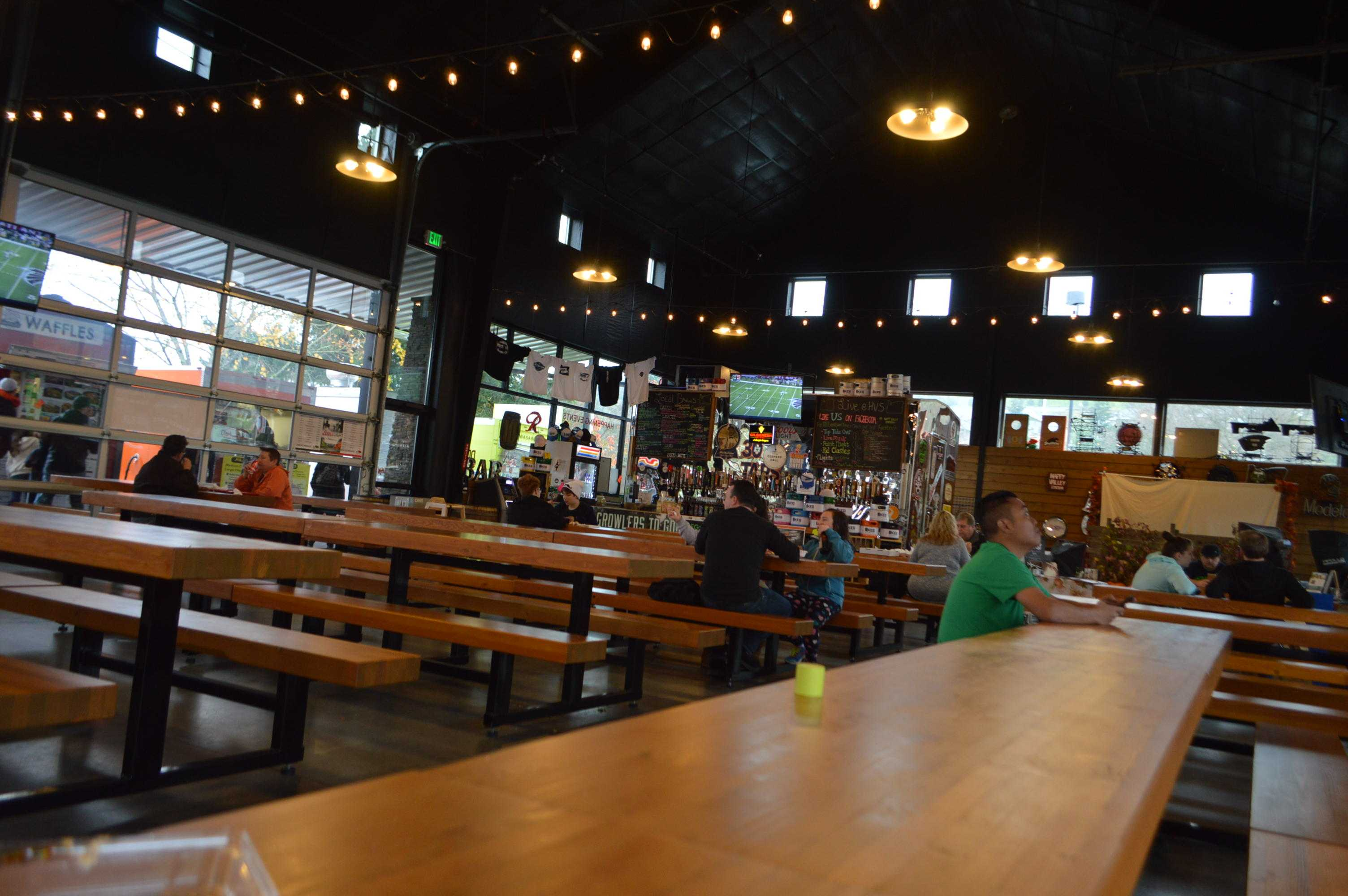 Inside+seating+area+at+the+Happy+Valley+food+carts