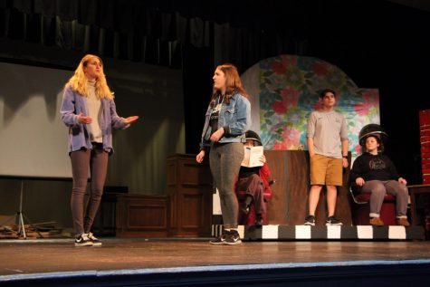 "Bubbly, Sassy, and Inspirational: ""Legally Blonde"" Comes to La Salle"