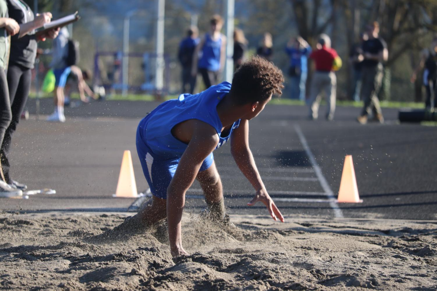 Spring+Sports+in+Action%3A+Track+Team+Competes+Against+Putnam+and+St.+Helens