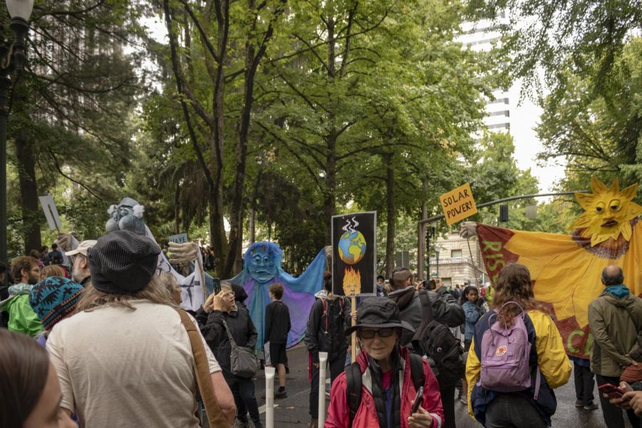 Thousands+of+activists+gathered+in+Portland+on+Friday%2C+Sept.+20%2C+ditching+school+and+work+to+demand+action+to+address+climate+change.