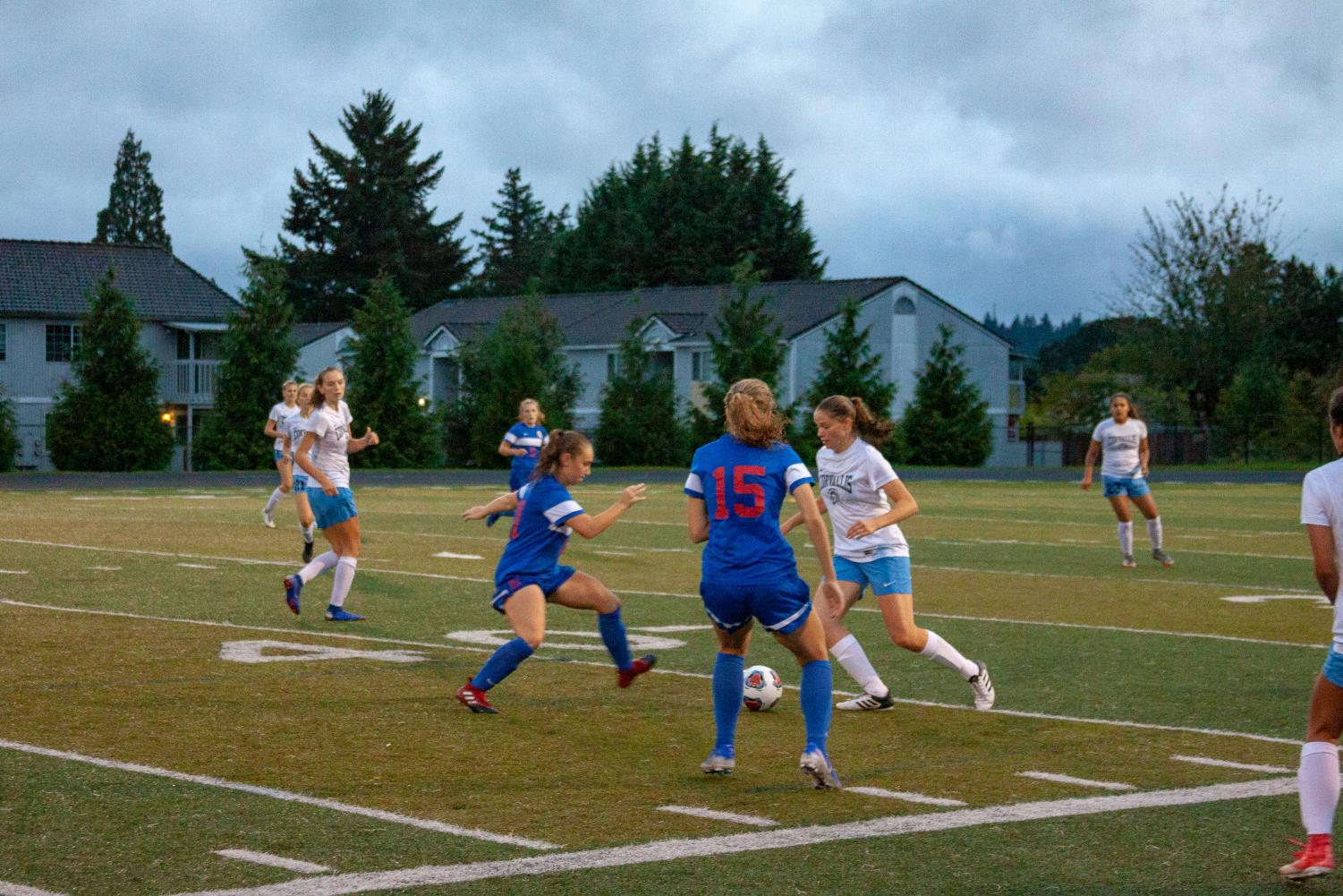 Varsity+Girls+Soccer+Ends+Tuesday%E2%80%99s+Game+Against+Corvallis+in+a+1%E2%80%931+Tie