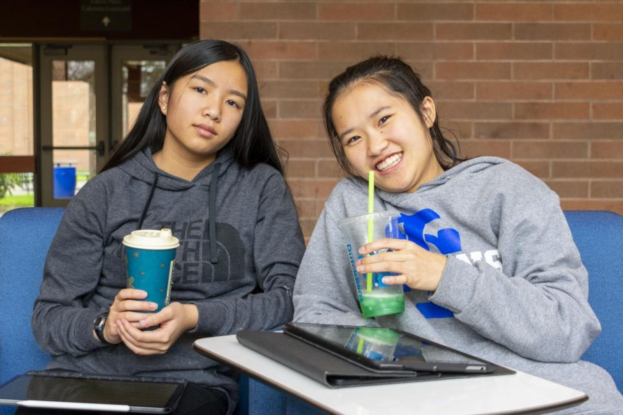 Caffeine+gives+students+the+burst+of+energy+they+need+in+the+morning+to+stay+focused+at+school.