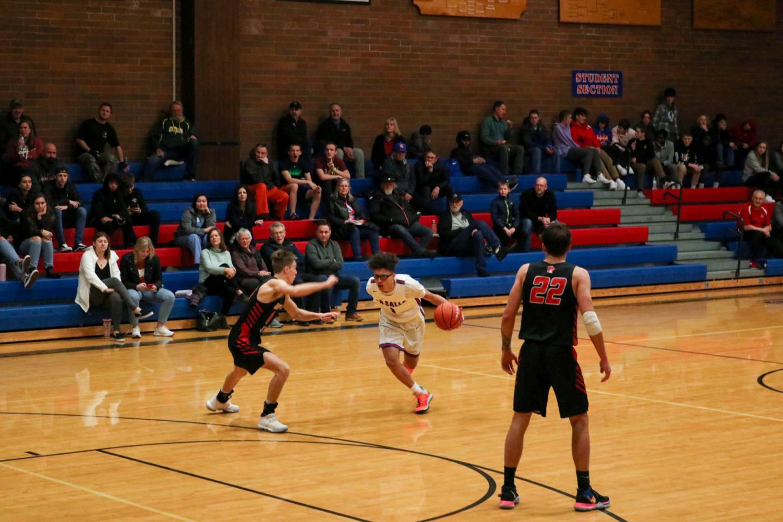 Varsity+Boys+Basketball+Team+Takes+on+Oregon+City