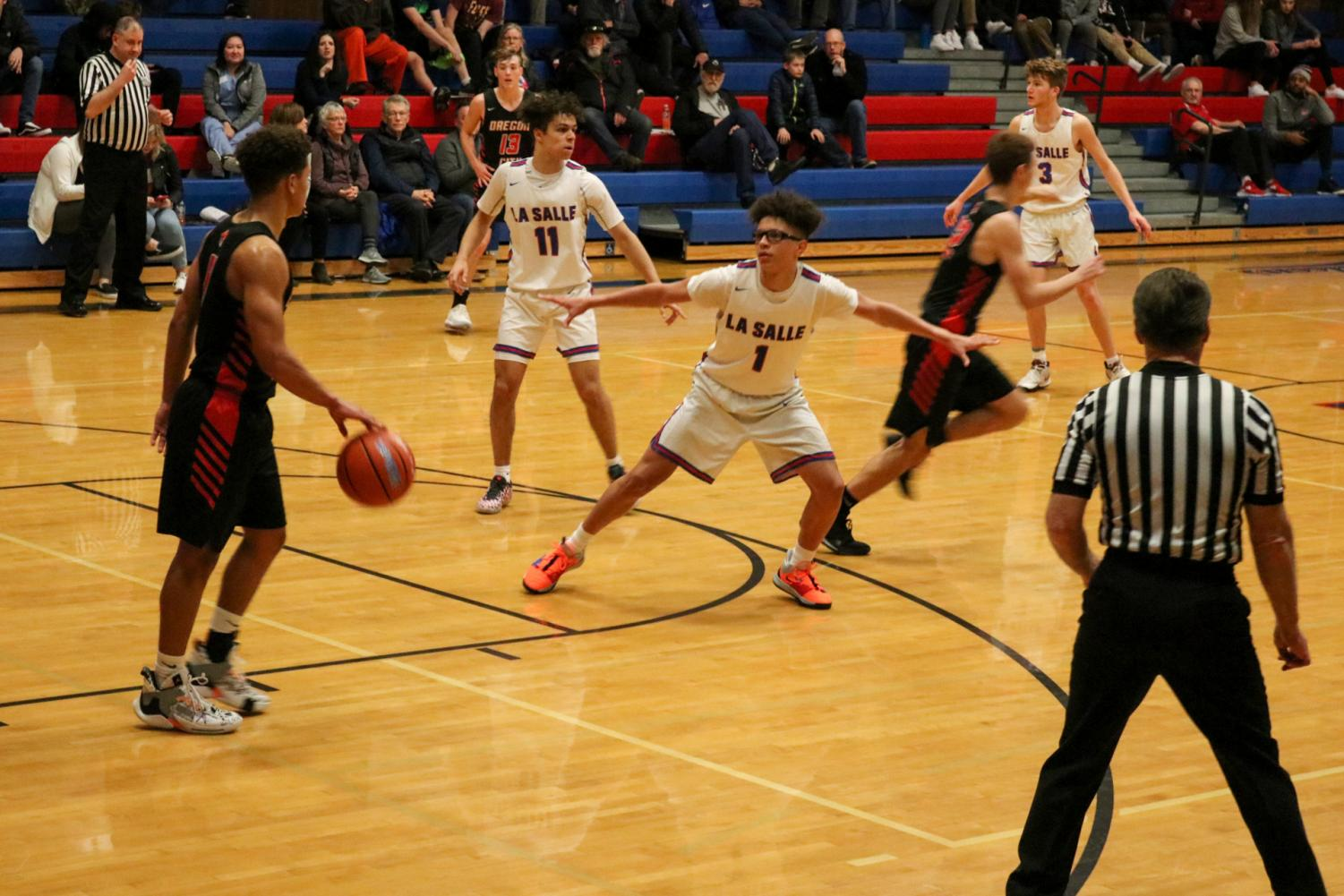 The+La+Salle+varsity+boys+basketball+team+fell+short+against+Oregon+City+with+a+final+score+of+33-44.+They+play+their+first+league+game+on+Tuesday%2C+Jan.+14+against+Parkrose.