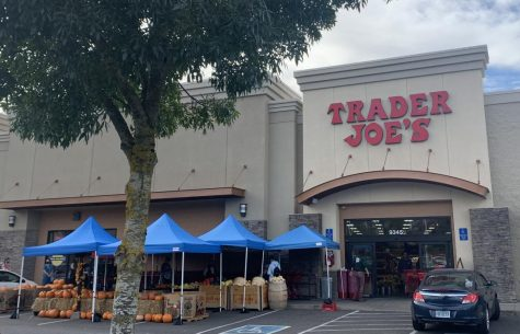 This Trader Joe's is located near Johnson Creek in Clackamas, just up the road from La Salle.