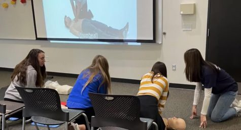 Senior Paige Martin Teaches How to Save Lives Through the Hands For Hearts Club