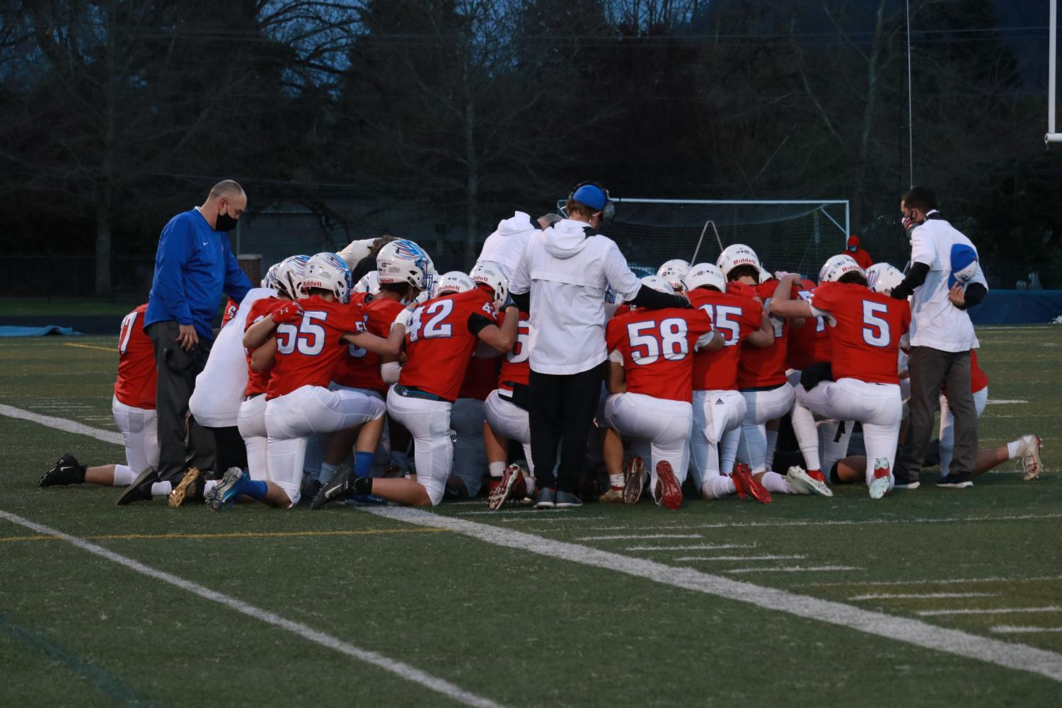 Football+Team+Wins+Against+Ridgeview+to+Close+Out+the+Season