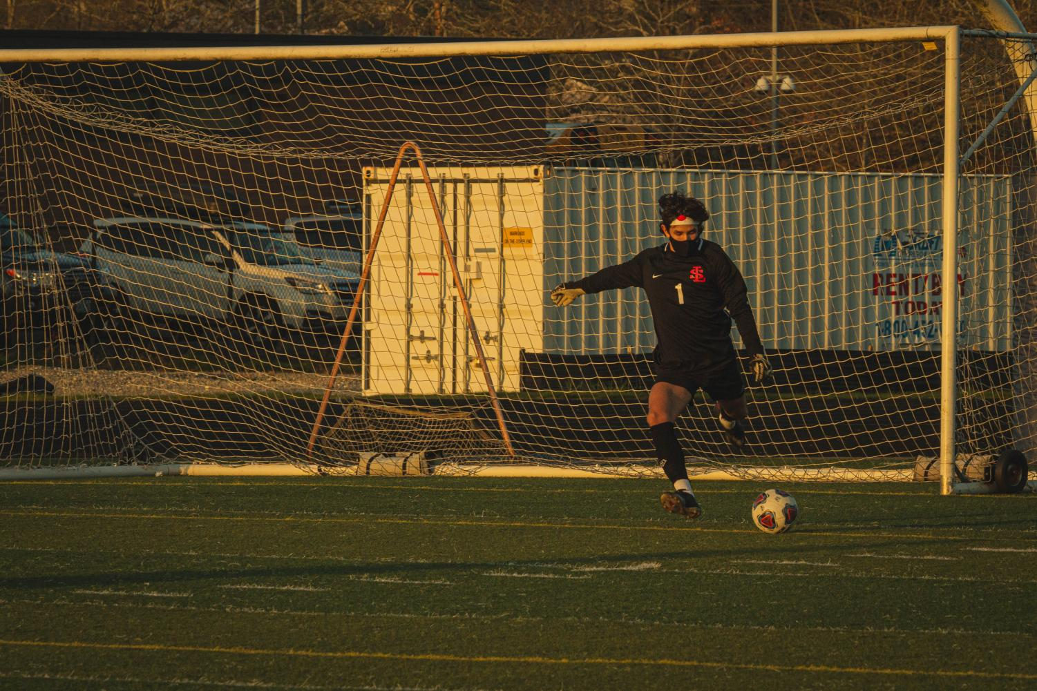In+Last+Home+Game+of+the+Season%2C+Boys+Soccer+Faces+Off+Against+Central+Catholic